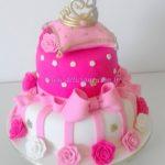 Bolo pink com Coroa