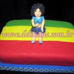 Bolo personalizado boneca e cores da bandeira