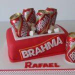 Bolo caixa de cerveja Brahma