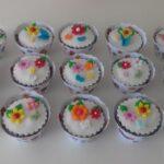 Cupcake decorado jardim