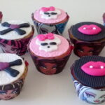 Cupcake decorado Monster High
