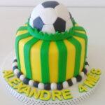 Bolo Brasil com bola