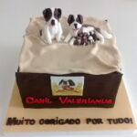 Bolo Caixote com cachorrinhos Canil Valerianus