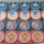 Cupcake decorado Alice no País das maravilhas 2