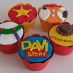 Cupcake decorado Toy Store