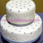 Bolo noivado branco e lilas