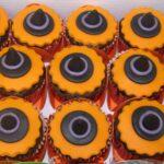 Cupcake decorado chápe de bruxa