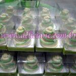 Mini bolo 3 andares branco e verde