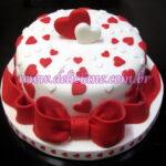 Mini bolo romântico corações